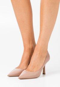Pura Lopez - High heels - nude - 0