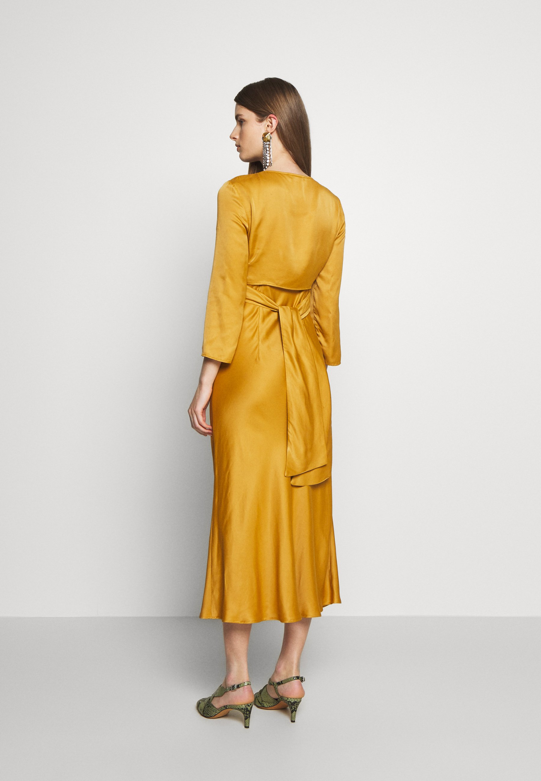 Duża obniżka Duża obniżka MAX&Co. PENSOSO - Sukienka koktajlowa - mustard | Odzież damska 2020 JbuQH