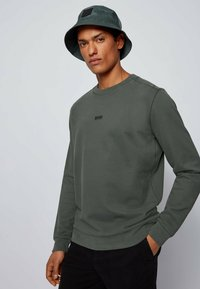 BOSS - WEEVO  - Sweatshirt - dark green - 3