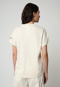Napapijri - T-shirt imprimé - new milk - 2