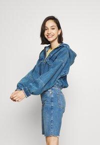 BDG Urban Outfitters - PATCH POCKET JACKET - Denim jacket - mid vintage - 4