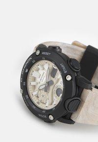 G-SHOCK - UTILITY WAVY MARBLE - Digital watch - tan - 3