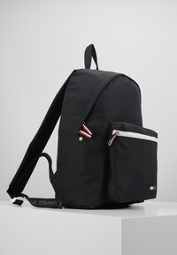 Tommy Jeans - COOL CITY BACKPACK - Reppu - black - 4