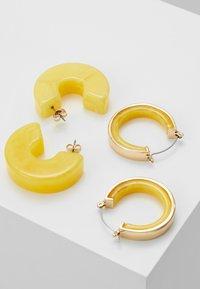 Pieces - Boucles d'oreilles - buttercup - 2