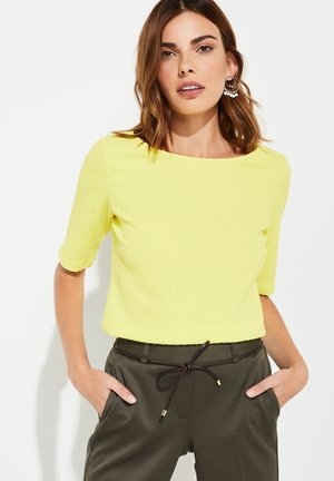 Basic T-shirt - bright yellow
