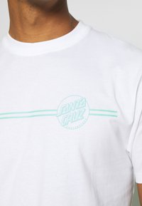 Santa Cruz - OPUS DOT STRIPE UNISEX - T-shirt imprimé - white - 5