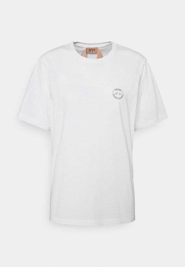SMALL LOGO TEE - T-shirts basic - white