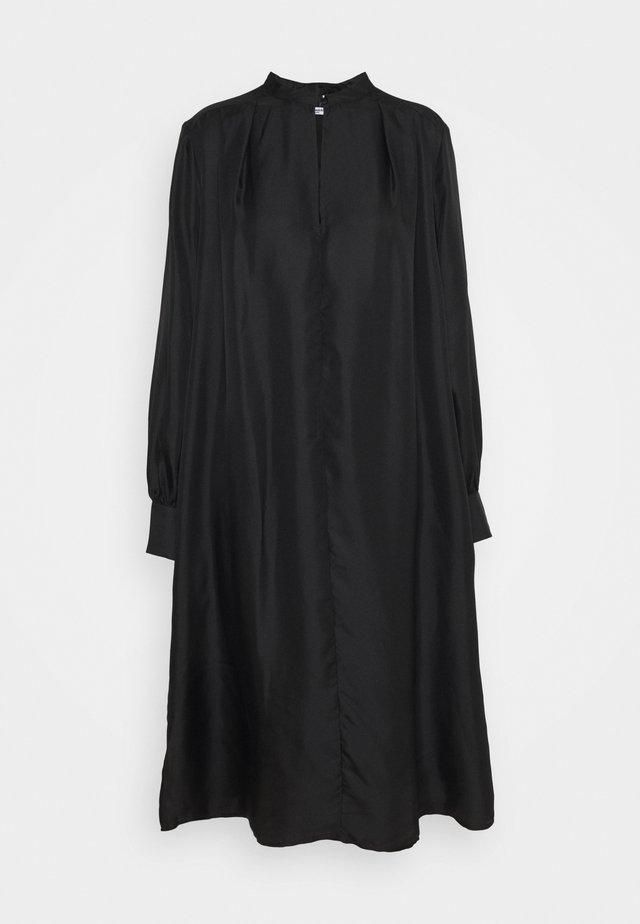 MARILLA - Denní šaty - black