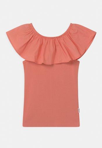 RECA - Print T-shirt - burnt coral