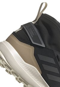 adidas Performance - TERREX HIKSTER MID - Scarpa da hiking - core black/grey six/white - 6