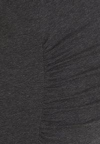 GAP Maternity - PURE VEE - T-shirts - charcoal grey - 2