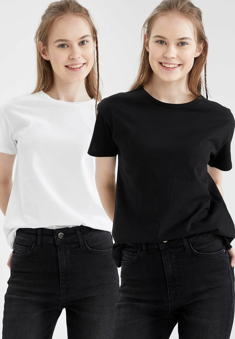 DeFacto - PACK OF 2 - Basic T-shirt - karma