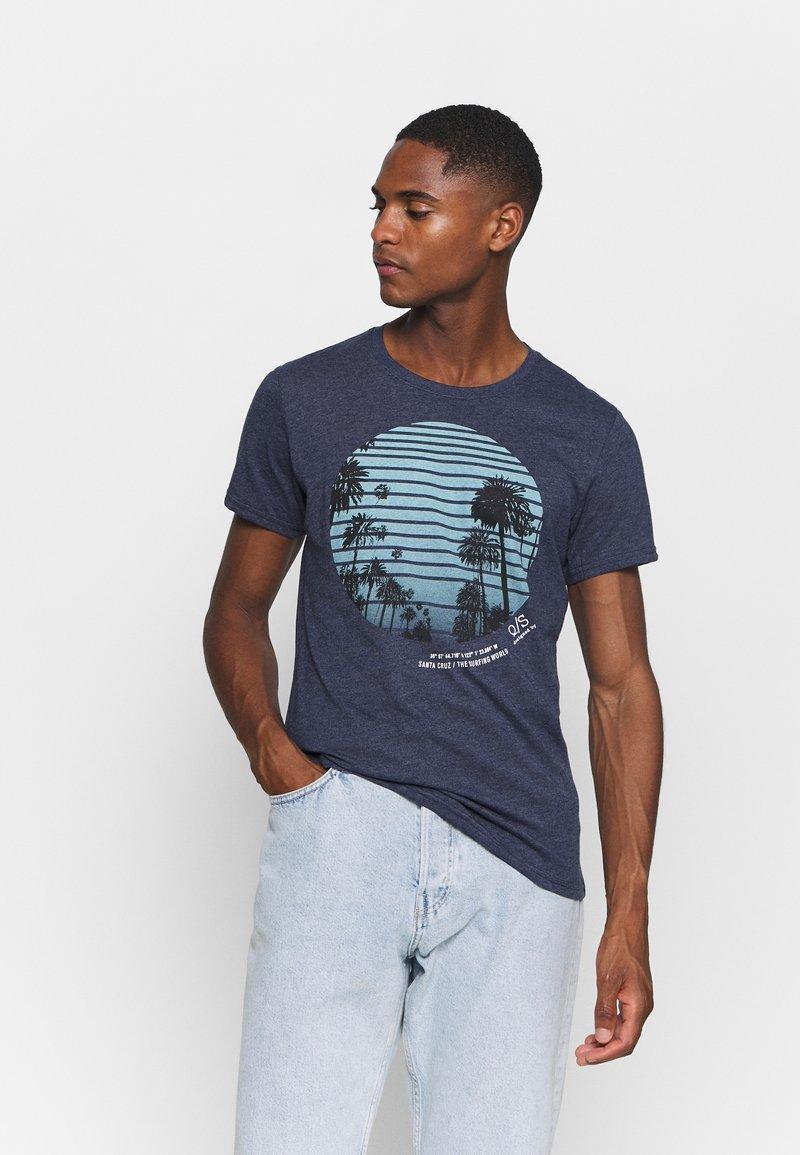 Q/S designed by - KURZARM - Print T-shirt - saphire blue