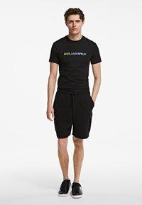 KARL LAGERFELD - Shorts - black - 0