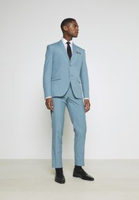 Isaac Dewhirst - PLAIN SUIT SET - Completo - turquoise - 1