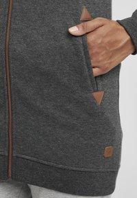 Oxmo - VICKY  - Zip-up hoodie - dar grey m - 4