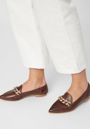 BIATRACEY CHAIN - Slip-ons - dark brown