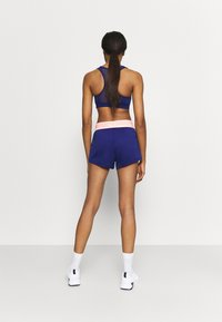 Puma - TRAIN ELASTIC SHORT - kurze Sporthose - elektro blue - 2