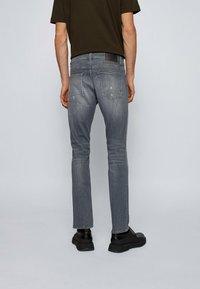 BOSS - DELAWARE  - Slim fit -farkut - grey - 2