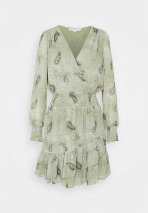 PAISLEY DRESS - Denní šaty - army green