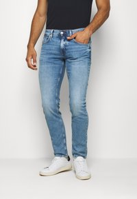 Tommy Hilfiger - BLEECKER STR ARTAS BLUE - Straight leg jeans - denim - 0