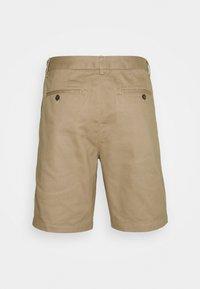 Club Monaco - MADDOX - Shorts - cappucino - 1