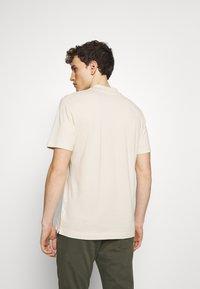 NN07 - PAUL - Polo shirt - oat - 2