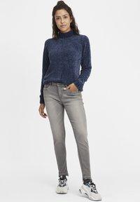 Oxmo - Irabelle - Slim fit jeans - grey denim - 1