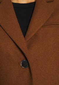 Selected Femme - SLFELINA - Short coat - dachshund - 7