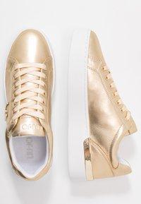 Liu Jo Jeans - SILVIA - Trainers - metallic light gold - 3