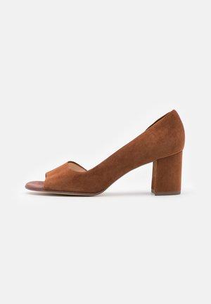 JASMIN - Peep toes - sable