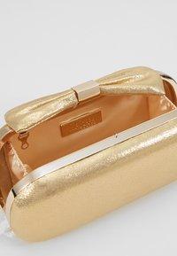 Mascara - Clutch - gold - 4