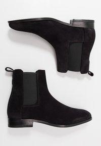 HUGO - CULT - Korte laarzen - black - 1