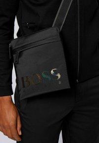 BOSS - MAGNL - Borsa a tracolla - black - 1