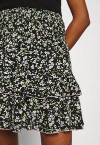 Tommy Jeans - TJW SMOCKED WAIST FLORAL SKIRT - Mini skirt - floral print - 3