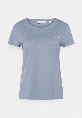 Print T-shirt - soft mid blue