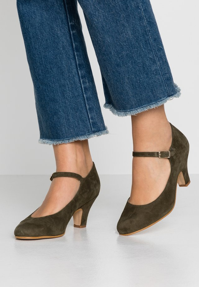 Classic heels - sapin