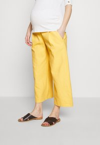 Balloon - WIDE PANTS WITH FLUID POCKET - Pantaloni - yellow - 0