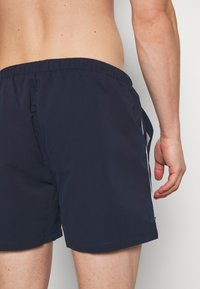 Ellesse - DEM SLACKERS - Swimming shorts - navy - 3