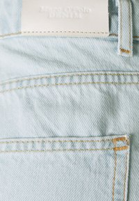 Marc O'Polo DENIM - Jeansshorts - multi/bleached blue - 2