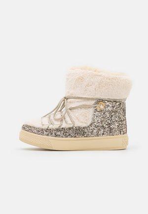 GLITTER - Zimní obuv - gold-coloured