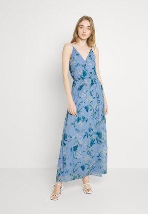 VMWONDA - Maxi dress - grapemist/debbie