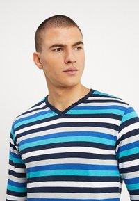 Ceceba - Pyjama set - dark blue/blue - 3