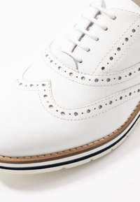 Anna Field - LEATHER LACE-UPS - Casual lace-ups - white - 2