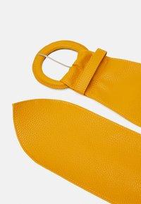 Pieces - PCANDREA WAIST BELT - Waist belt - mustard gold - 3