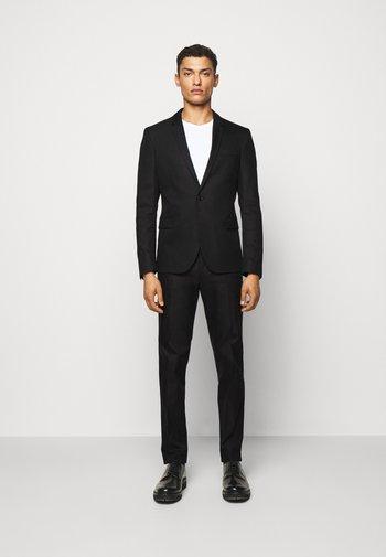 OREGON - Oblek - black