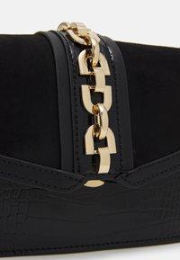 Topshop - CASEY CHAIN XBODY - Across body bag - black - 3