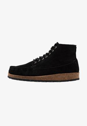 MARTON - Šněrovací kotníkové boty - black