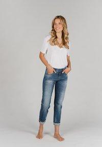 Angels - DARLEEN TU TAPE MIT SCHMUCKSTEINEN - Slim fit jeans - blau - 1