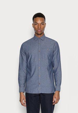 JPRBLUBLUE MIX ONE POCKET - Shirt - chambray blue
